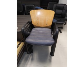PREOWNED - 6 STACKABLE WHEELED GUEST CHAIRS
