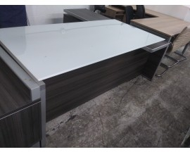 SHOWROOM SAMPLE - GRAY EXECUTIVE L SHAPED DESK