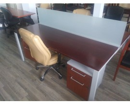 6 PERSON PREOWNED WORK BENCH